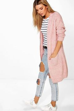 Alicia Oversized Boyfriend Cardigan - Knitwear - Street Style, Fashion Looks And Outfit Ideas For Spring And Summer 2017 Cardigan Style, Cardigan Design, Cardigan Outfits, Casual Outfits, Fashion Outfits, Womens Fashion, Pink Cardigan, Wrap Cardigan, Boyfriend Cardigan Outfit