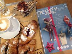 """#Peggy3 """"Peggy finalmente ti ho trovata! Ora, una buona colazione, mentre ti sfoglio! heart emoticon Buona domenica!"""" - A country Story"""
