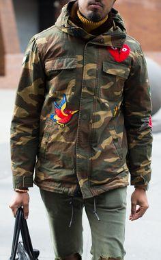 Military Chic, Military Fashion, Camo Fashion, Mens Fashion, Army Look, Camo Men, Camo Outfits, Field Jacket, Gentleman Style