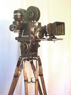 Resultado de imagem para camera cinema 35mm antiga