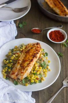 Looking for Seafood Recipes for dinner. Here are easy & best Tilapia Fish recipes for Dinner. These Tilapia Fish recipes are extremely healthy & delicious. Clean Eating Recipes, Healthy Eating, Cooking Recipes, Healthy Recipes, Cooking Tips, Top Recipes, Free Recipes, Cilantro Recipes, Tilapia Fish Recipes