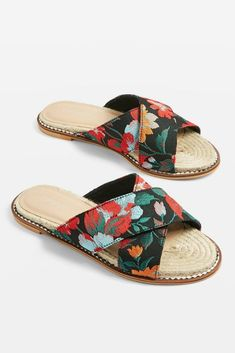 Hibiscus Espadrille Sandals - New In Fashion - New In - Topshop Europe Diy Leather Sandals, Studded Sandals, Espadrilles, Espadrille Sandals, Pretty Shoes, Cute Shoes, Shoe Wardrobe, Womens Shoes Wedges, Summer Shoes