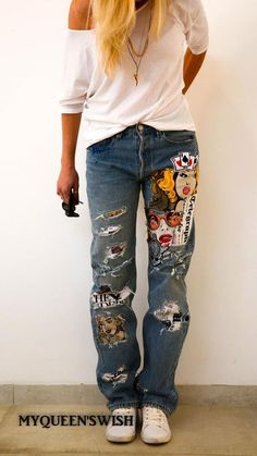 Reworked Vintage Levi's Jeans with Patches / Redone denim vintage levi's jeans / Boyfriend Mom jeans, , Painted Jeans, Painted Clothes, Diy Clothing, Custom Clothes, Ropa Upcycling, Redone Denim, Denim Fashion, Fashion Outfits, Cheap Fashion