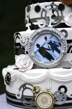 29 Crazy Steampunk Wedding Cakes | HappyWedd.com