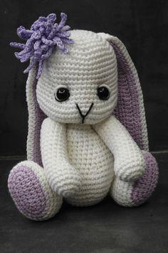 Háčkovaný králíček Bibby - Návod / Zboží prodejce Modrá koala | Fler.cz Handmade Toys, Hello Kitty, Cross Stitch, Crochet, Character, Amigurumi, Animales, Puppets, Craftsman Toys