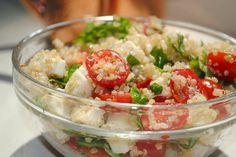 Fresh Caprese Quinoa Salad  -1/2C quinoa  -8 oz fresh mozerella  -1 carton grape tomatoes, halved  -fresh basil  -2T olive oil  -salt & pepper