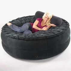 Air Beds Sumo Sized...I want this to keep at my apt!!