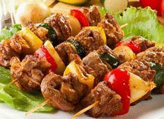 Τέλειο κοντοσούβλι, στο φούρνο Types Of Food, Kung Pao Chicken, Pork, Beef, Ethnic Recipes, Kale Stir Fry, Meat, Pork Chops, Steak