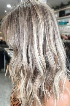 Ash and Beige Blonde Highlights