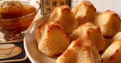 Ma Cuisine Végétalienne: Rochers à la noix de coco (Vegan) No Cook Desserts, Healthy Desserts, Raw Food Recipes, Sweet Recipes, Snack Recipes, Dessert Recipes, Cooking Recipes, Snacks, Biscuit Vegan