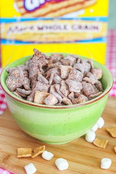 S'mores Puppy Chow    1 cup semi-sweet chocolate chips  1/2 cup creamy peanut butter  1.5 cups marshmallows  6 cups Golden Grahams cereal  1.5 cups powdered (confectioners') sugar