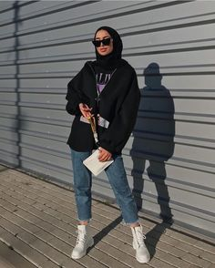 ideas fashion hijab summer outfit ideas for can find Street hijab fashion and more on our ideas fashion hijab summer outfit ideas for 2019 Modern Hijab Fashion, Street Hijab Fashion, Hijab Fashion Inspiration, Muslim Fashion, Modest Fashion, Fashion Outfits, Modest Clothing, Modest Outfits Muslim, Hijab Fashion Summer