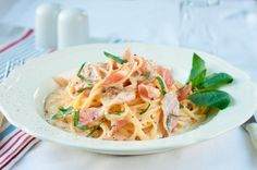 Cómo hacer espagueti hawaiano con jamón y piña la receta original