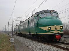 Met deze trein ging ik voor het eerst alleen naar mijn oma, was ik 7!! Altijd bang dat ik de deuren niet open kon krijgen, zocht dus altijd de conducteur op als ik eruit moest. LL