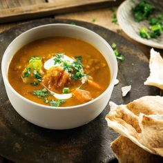 Indian lentil soup with chapati. bread and coriander joghurt by #feinkoch #recipes
