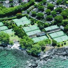 5 Tennis Spa Resorts: Mauna Kea Beach Hotel, Hawaii