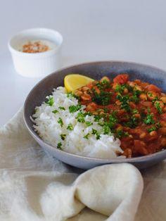 Chana masala s jogurtovým dipem Channa Masala, Food And Drink, Cooking, Ethnic Recipes, Drinks, Fitness, Asia, Kitchen, Drinking
