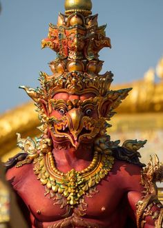 garuda front and straight on. this is the angle/perspective i want. Thai Design, Thai Art, Art Corner, Thai Style, Hindu Art, Buddhist Art, Ancient Art, Asian Art, New Art