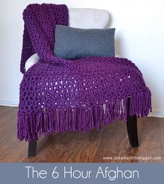 Make a gorgeous afghan with only the double crochet stitch in only 6 hours. The 6 hour afghan! Tutorial ✿⊱╮Teresa Restegui http://www.pinterest.com/teretegui/✿⊱╮