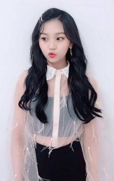 Umji Kim Ye Won, G Friend, Korean Actresses, Kpop Girls, Girl Group, Cool Girl, Girlfriends, Hairstyle, Female