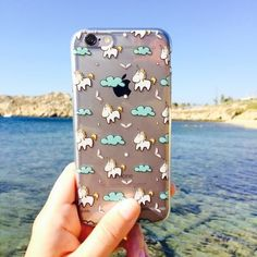 We are sure they exist! Tag your friend who believes in unicorns too! Tap the link in the bio and see much more #iphone #phonecase #samsung. Phone case by Gocase www.shop-gocase.com