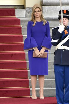 Queen Maxima of The Netherlands waits to welcome President Filipe Nyusi of Mozambique and his wife Isaura Nyusi (not pictured) at Palace Noordeinde on May 19, 2017 in The Hague, Netherlands.