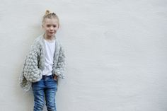 MAMMA OG MARTA I BOBLEJAKKA Knitting For Kids, Baby Kids, Barn, Normcore, Interiors, Children, Crochet, Style, Fashion