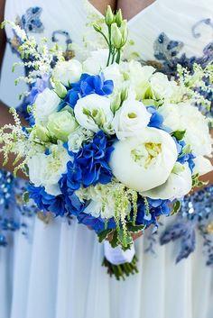 Букет на заказ, букет в шляпной коробке, стильный букет, цветы в коробке, цветы, доставка цветов, оформления праздников цветами, свадебная флористика.
