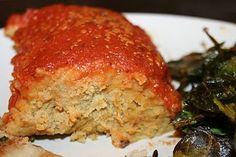 Vegan chickpea loaf! Haha, I seriously love all kinds of vegan meatloaf. Om nommm.