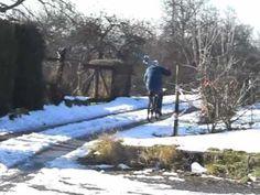 Fom Stromrad auf die Piste oder umgekehrt. Für Stromräder und dessen Piloten gibt es keine Winterpause.