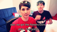 AmazingPhil & danisnotonfire know how to look good in dem flower crowns.