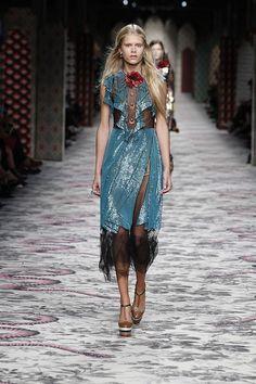 Gucci womenswear s/s 16