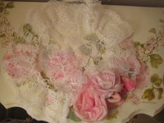 White round lace doilie
