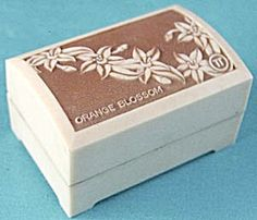 $55.00    Vintage Orange Blossom Ring Box (Image1)