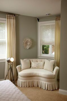 Cute & cozy nook by sylvia