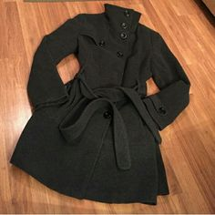 Kenneth Cole Reaction Coat Charcoal grey coat in excellent condition. Bought on Posh, but ended up being too big for me. I'm usually between a L and XL. This fit around the waist, but was too big in the bust and shoulders. Previous seller only wore it one winter! Kenneth Cole Reaction Jackets & Coats