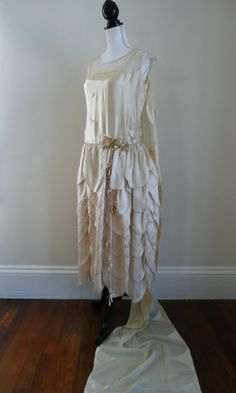 1920s Silk and Lace Ecru Wedding Dress and Train