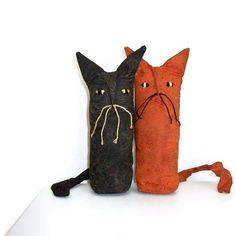 Primitive Folk Art Halloween Orange and Black Cat Dolls $35 Love ...