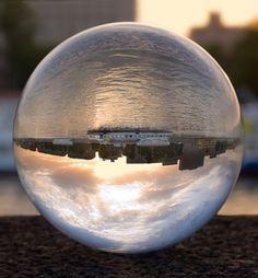 Рефракция в стеклянный шар
