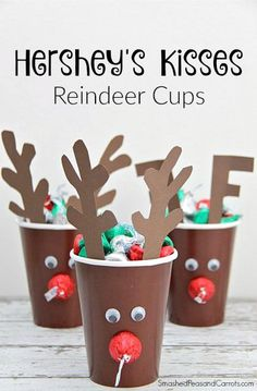 Hershey's Kisses Reindeer Cups (Smashed Peas and Carrots) Christmas Paper, Christmas Crafts For Kids, Christmas Activities, Diy Christmas Gifts, Holiday Crafts, Holiday Fun, Christmas Holidays, Christmas Decorations, Christmas Parties