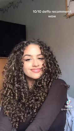 Curly Hair Routine, Curly Hair Care, Dyed Curly Hair, Big Curly Hair, Curly Hair Tips, Curly Hair Styles, Hairstyle For Curly Hair, Long Curly Hairstyles, Curly Braids