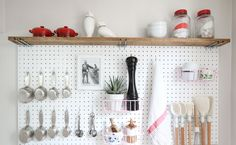 Mom Paints Her Pegboard And Uses It In A Way I Never Expected. This Is Genius!