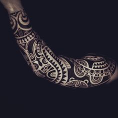 Amazing Polynesian Sleeve Tattoo for Men