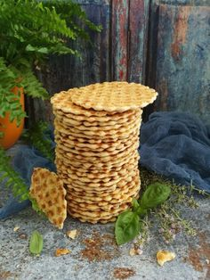 Mediterrán sajtos tallér recept - Kifőztük, online gasztromagazin Savory Pastry, Hungarian Recipes, Hungarian Food, Soup And Salad, Deserts, Food And Drink, Basket, Snacks, Baking