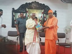 Participated as Chief guest for Thalli Thandrulu Pada Pooja along with Shri Dr K Laxman, BJP State President, Shri Bodhamayananda Swami, Director Rama Krishna Math and Shri Gnanananda Swami, RK math President at Rama Krishna Math, Hyderabad.