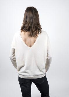 Oyu - pull en cachemire à décolleté dans le dos pour femme
