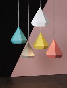 NEO/CRAFT: Assembling Form and Function Sebastian Scherer's designs express a certain individuality while appearing extremely functional. He decodes forms, functions and materials assembling them to create new and unique objects Lamp Light, Light Up, Origami Lights, Deco Luminaire, Diy Origami, Origami Lampshade, Origami Templates, Box Templates, Bedroom Lamps