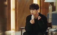 The perfect YoureGoingCrazy Man Goblin Animated GIF for your conversation. Goblin Korean Drama, Korean Drama Stars, Korean Star, Asian Actors, Korean Actors, Korean Idols, Korean Dramas, Romance, Lee Dong Wook Goblin
