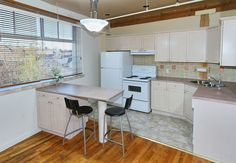 Stockyard Lofts - Unit #22 | TorontoLOFTS.ca | Stockyard Lofts: 121 Prescott Ave, Neighbourhood: Earlscourt, Loft Type: Hard, Year Built: 1996, Number of Lofts: 27, Number of Floors: 3, Building Amenities: visitor parking | See more here: http://torontolofts.ca/LoftBuildings/Stockyard-LOFTS-121-Prescott-Ave-Toronto