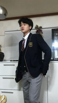 Cute Boys, My Boys, Yohan Kim, Funny Kpop Memes, Cute Hairstyles For Short Hair, Ulzzang Boy, Asian Boys, Boyfriend Material, Boy Groups